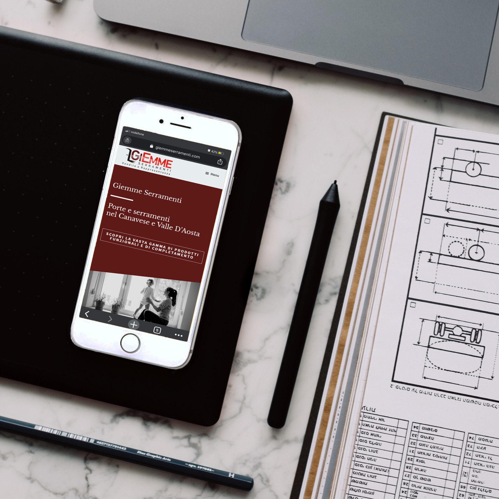 Sito Giemme Serramenti con visualizzazione da iphone